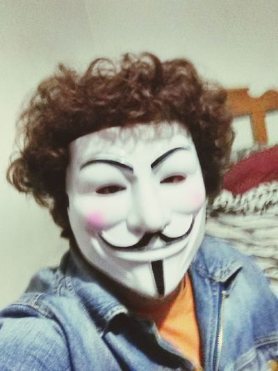 Anonymus :3
