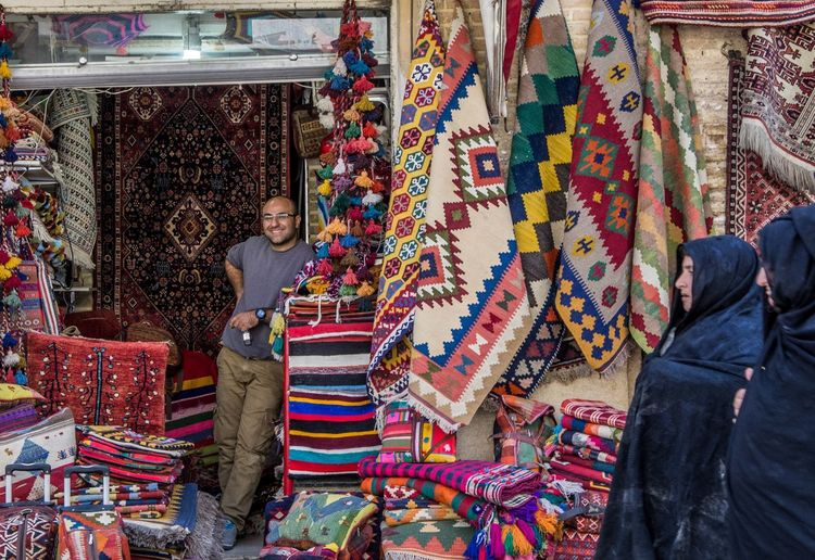 Persian carpet and rugs in Vakil Bazaar in Shiraz, Iran Design Interior Design Craft Art Iran Middle East Culture EyeEmNewHere Persian Carpet Shiraz, Iran Rug Carpet Variation Real People Collection Small Business