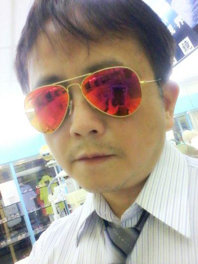 我想一支稱手的太陽眼鏡,可以陪你凸歸台灣… Enjoying The Sun