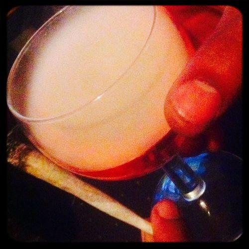 Smokeing drink :) Smokeing Art Smoking Smoke Weed Smoking Loud