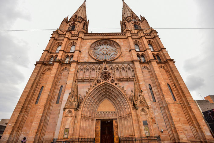 Arandas Jalisco México Arch Architecture Building Exterior Built Structure Cloud - Sky Day Low Angle View No People Outdoors Place Of Worship Religion Rose Window Sky Spirituality