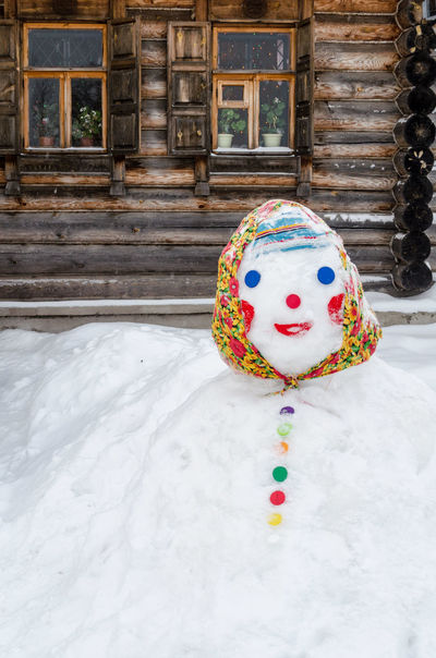 Show-woman Russian style Colors Fun Funny Snow ❄ Tradition Winter Wintertime Architecture Building Exterior Christmastime Chtistmas Cold Temperature Cold Winter ❄⛄ Culture No People Outdoors Smile Smiling Snow Snowing Snowman Snowwoman Winter Winter Fun Wooden House