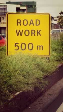 Road Work 500m. Traffic 3000m.