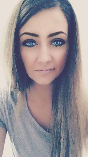 Woman Faces Of EyeEm Picoftheday That's Me Blue Enjoying Life Blue Eyes Brown Hair Taking Photos Good Morning Dutch Girl BlueEyes HappySaturday Sunny Day❤ Sunshine ☀ Brunette Brighteyes
