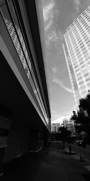 Architecture Modern Business Finance And Industry Built Structure Building Exterior Sky Outdoors No People Day City Bnw_lover Monochrome Photography Black&white EyeEm Selects EyeEm Best Shots - Black + White Bnw_collection Pittsburgh Downtown Pittsburgh