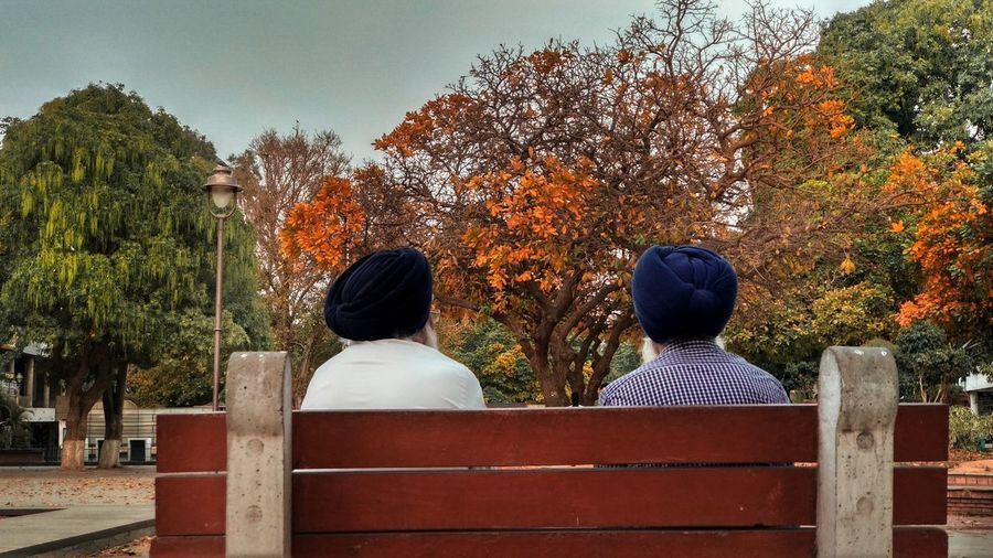 We'd always Pick up where we left off and I Assume that's a reason enough to call Someone My Best Friend. Friends Oldagepeople Chandigarh Northindia Autumn Fall Evening Conversation With A Friend The Traveler - 2018 EyeEm Awards Settlement Civilization Tree Politics And Government Women Togetherness Friendship Rear View Men