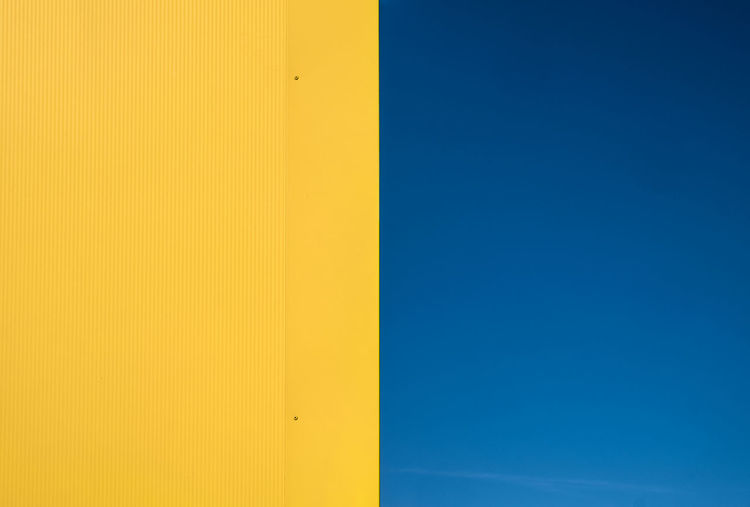 Halfandhalf Architecture_collection Minimalist Architectural Detail Architectural Feature Architecture Backgrounds Berlinmalism Blue Built Structure Clear Sky Day Fujix_berlin Fujixseries Minimalism Minimalist Photography  Minimalistic Minimalobsession No People Outdoors Ralfpollack_fotografie Simplicity Yellow