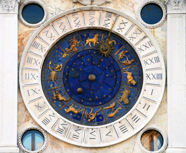 Zodiac Clock In Venice Clock Zodiac Clock Zodiac Signs Zodiac Sign Zodiac Clock Time Astrology Sign Architecture Clock Face Geometric Shape Astrology