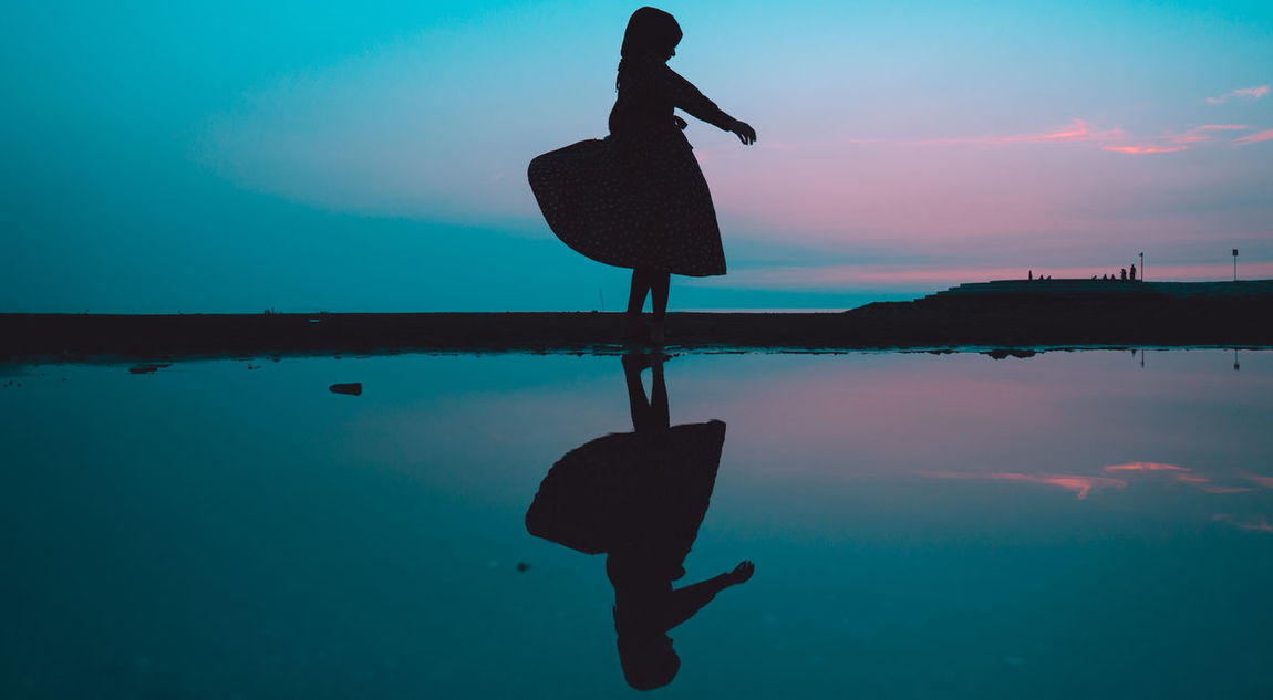 // - // A7iii AMPt_community Dancing EyeEm Best Shots EyeEm Selects EyeEmBestPics Girl Power Japan Reflection Silhouette Amazing Blue Girl Minimal Minimalism Minimalobsession Shootermag Sunset Thedarksquare