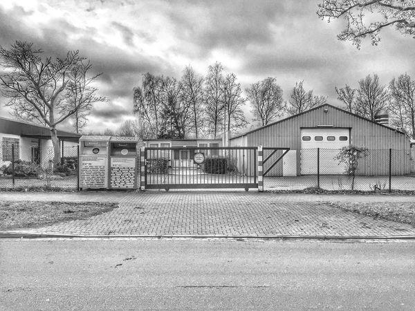 060/365 Black and White 004 Building Exterior Built Structure Architecture Eyeempinneberg Photooftheday Sorcerer86 Photo365 Eyeemgermany Bilsbekblog Iphone6 IPhoneography