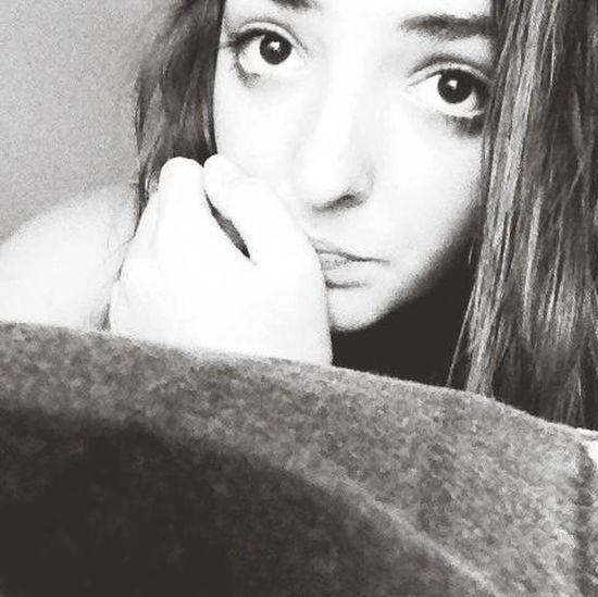 Blackeyed Its Me Tears Smile For The Camera Hide Them Tears i'm not happy.. Just sad like sadness.