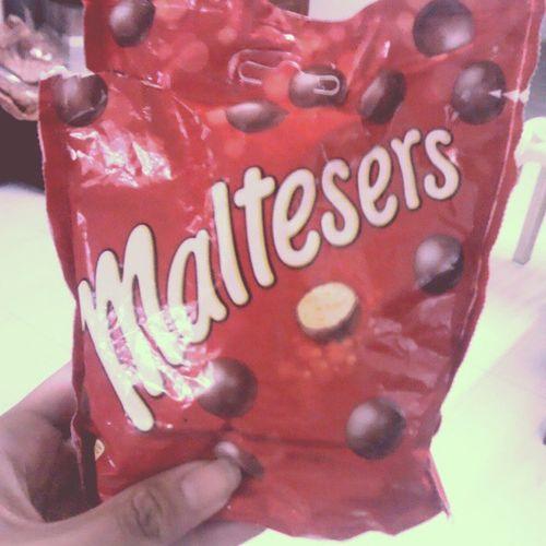 Eh. Nomnom Yum Chocolate Yehey happykid