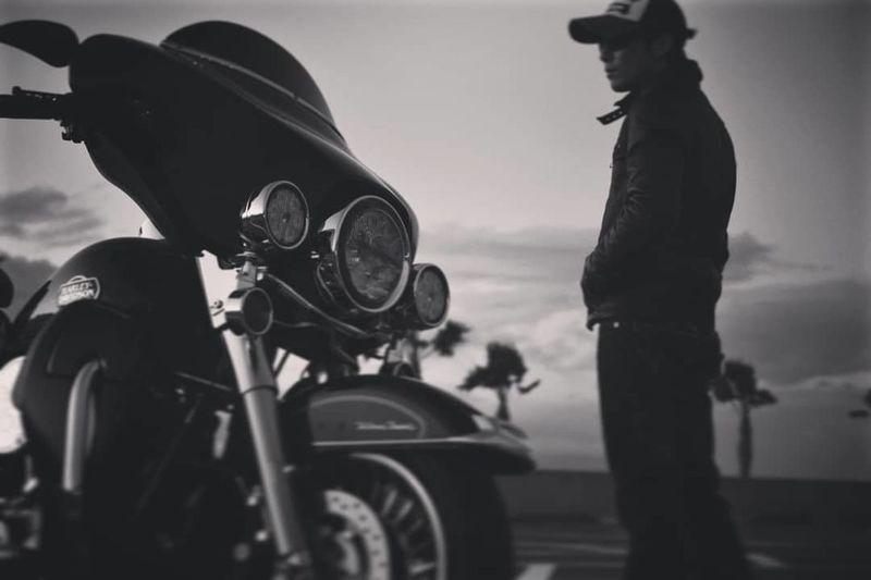 輪が相棒 Harley Davidson ハーレー ツーリング Bike Ride Bike Motorcycle Only Men One Man Only Adults Only Adult Biker People