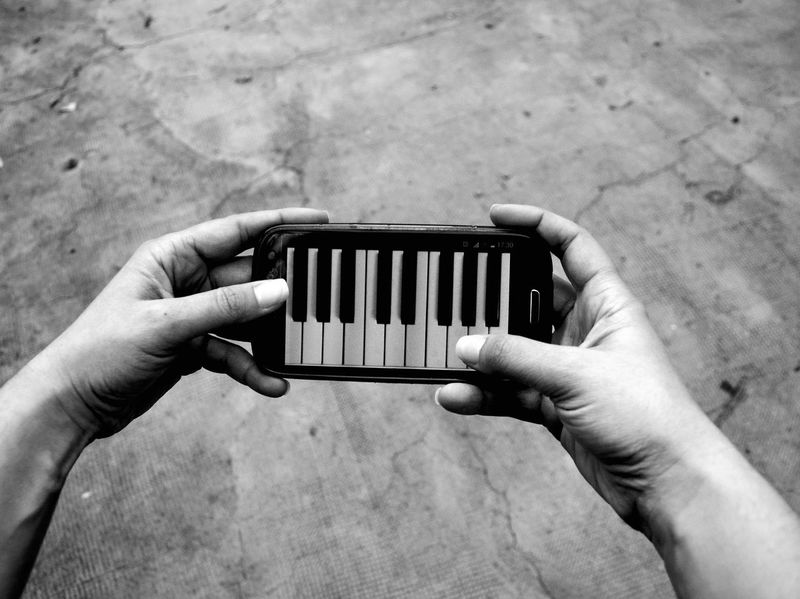 Human Hand High Angle View Human Body Part Close-up People One Person Human Finger Artistic Artistic Photography Artistic Expression Black And White Collection  Blackandwhitephotography Piano Moments Piano Keys Black&white Hands Playing Instrument Hands Hands At Work Piano Moments Piano Moments