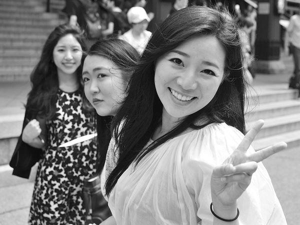 Welcome to Japan Streetphotography CuteGirls Girls Japan Blackandwhite Photography Beauty Portrait Tokyo Smile Tokyogirls