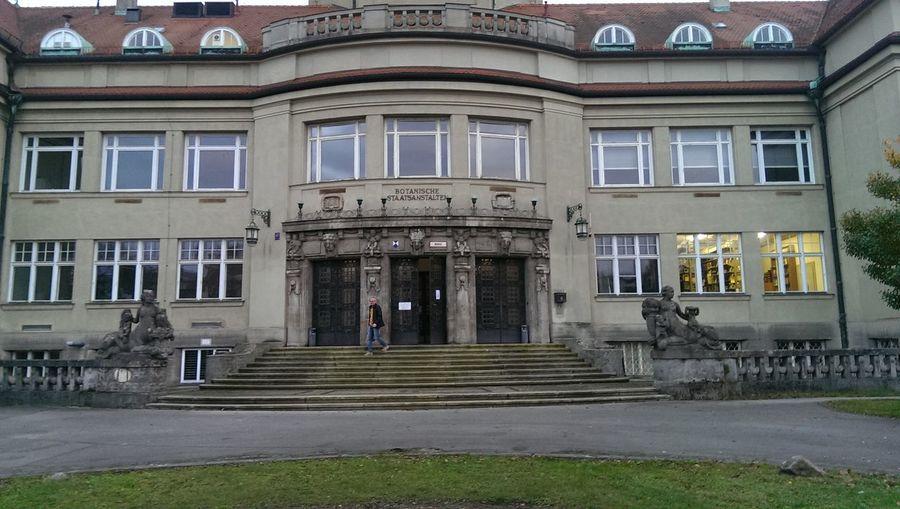 Art Nouveau Building Designattack