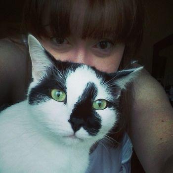 Selfie photobombed! Domino Catsofinstgram Catlady Selfie photobomb