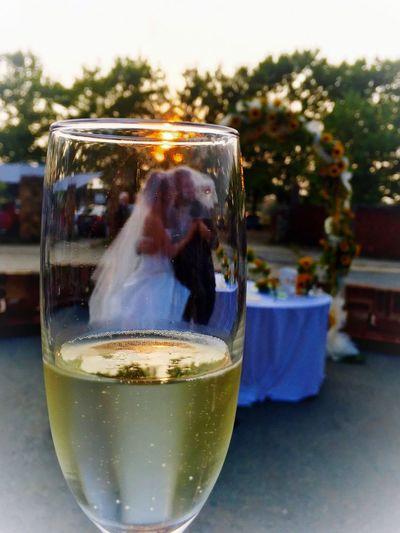 Prima del matrimonio tenete gli occhi ben aperti. Dopo chiudetene uno. (Benjamin Franklin) Wedding Wedding Photography Wedding Day Wedding Party Weddingphotography Wedding Dress Matrimonio Matrimoniodafavola Matrimonio,