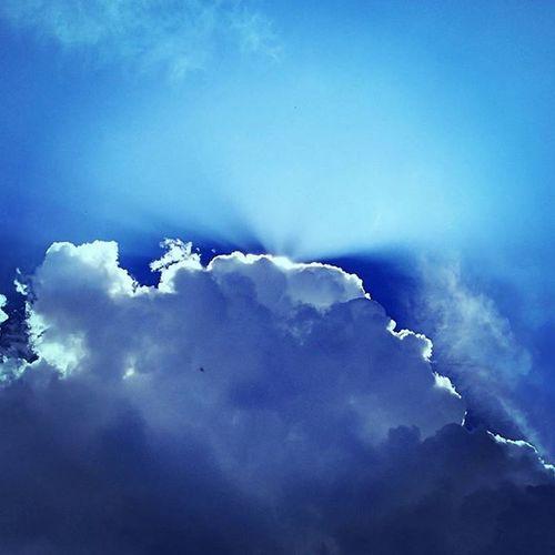 Sun SUPPORT Cloud Clouds Cloudporn Beamoflight Beam Light God Sky Cloudsky Skyporn Bluesky Blueskies Skycloud Thunderstorm Naturephotography Bestshotoftheday Shotoftheday Bestskyshots Bestclouds Skyalp EyeEm The Best Shots Eyeem Photography Eyeemphotography
