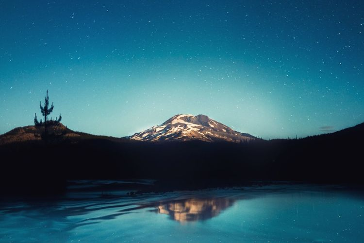 Moody Travel Destinations Beauty In Nature Oregonexplored PNW Oregon Camping Nature Photography Adventure Travel Destinations Mountain Sky Night Scenics - Nature Star - Space Beauty In Nature Nature Snow Tranquil Scene Astronomy Tranquility Reflection