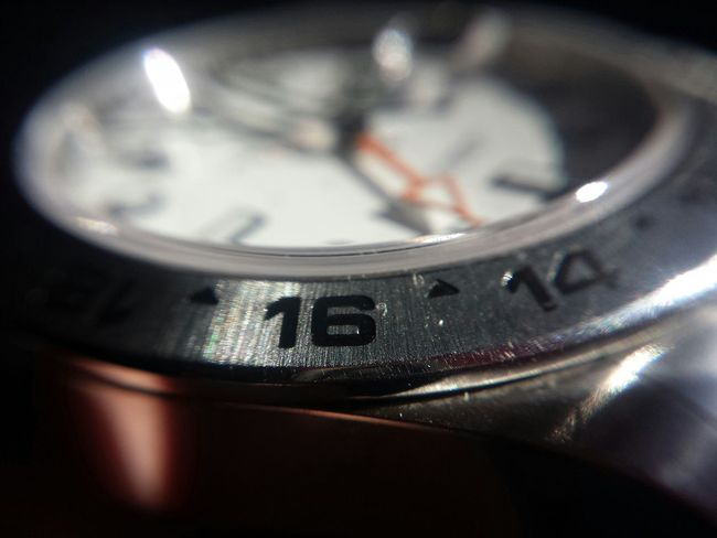 Phone Photography With Clip-on Macro Lens What Time Is It? It Is Rolex Time! Samsung Galaxy S4 Rolex Time What Time Is It? Lelystad Phone Macro Macro_perfection Rolex Samsung Galaxy S4 Phone Macroclique PhonePhotography Macro Photography Macro Beauty Macro_collection Expensive Taste