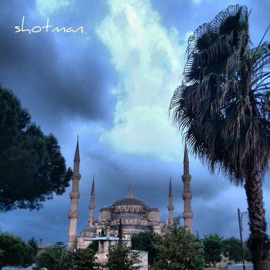 Sultanahmetcamii Bluemosgue Sultanahmet Cami mosgue sultanahmetmeydanı manzara resim shotman istanbul bosphorus 34 turkey gününkaresi gününresmi kadrajatakılanlar kadraj