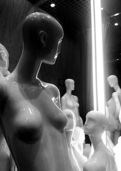 Plastic Model Mannequin Black & White Chelyabinsk