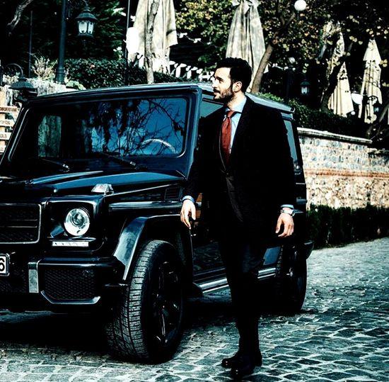 Car One Person Only Men Outdoors Well-dressed Istanbul Fashion Businessman KiralıkAsk Türkiye Beauty Lifestyles ömer