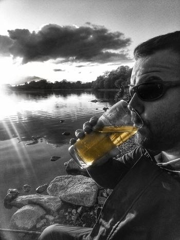 Ahhhh nice cold beer on a nice sunny day👌🍺👌 Refreshment Check This Out Taking Photos Fishing Clouds And Sky Sunrays Lakeside Splash Landscape Beauty In Nature From My Point Of View The Places I've Been Eyeem2017 Light And Shadow Reflection Ireland🍀 Enjoying The View Enjoying Life