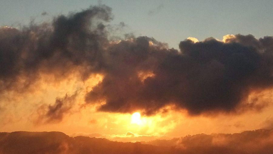 Nature's Diversities Sunset Mountai View Warm Colors Sun Peace Clouds Finding solitude