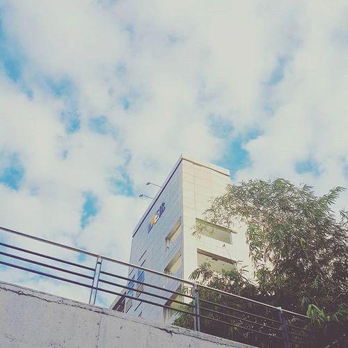 Endless. Sky Skyporn Glisten Splendor Heavenly Majestic Magical Enveloped Evening Clouds Naturelover Awesome Shine Myblr Trelltalebangalore SoBangalore Bangalore_insta Nammabengaluru Indiaclicks PhotographyLove Instadaily Photooftheday
