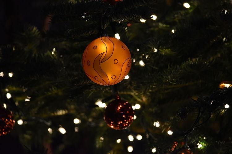 Christmas Bauble Christmas Lights Christmas Bauble Christmas Tree Decorations Close Up Macro Nice Design