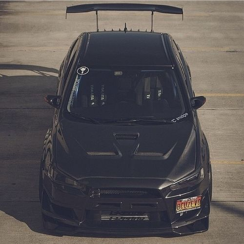 An absolute Monster Mitsubishi Lancer Evo lancerevo evolution jdm vvt mevic awd black
