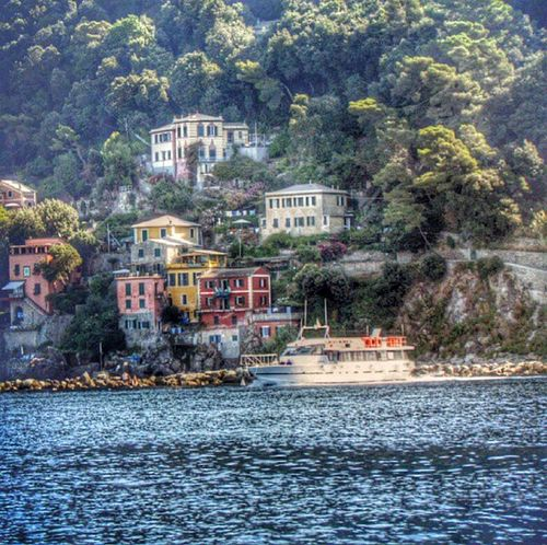 Liguria Punta Chiappa Water_collection Hdr_Collection