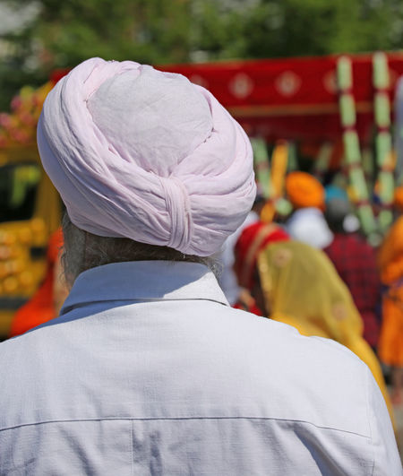 old sikh man with pink turban Baisakhi HEAD India Indian Sikhi Baisakh Kirtan Nagar Nagar Kirtan Nagarkirtan  Parade People person Religion Religious  Rite Sikh Sikh People Sikh Religion Sikhism Sikhlife Sikhs Turban Turbans Vaisakhi