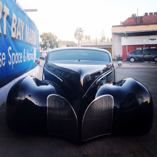 Traveling Newport Beach CARIFORNIA Old Car Lincoln 1932