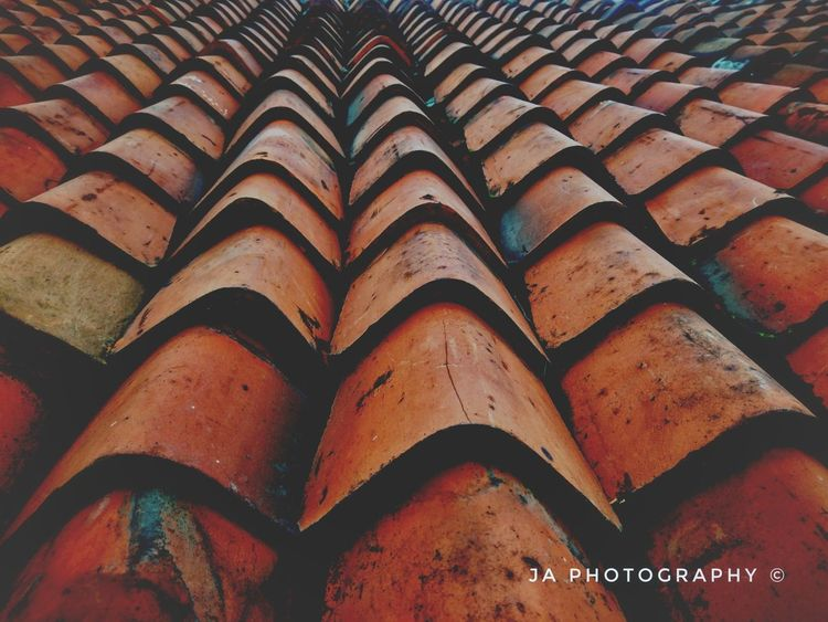 EyeEmNewHere Full Frame Pattern Day Indoors  Backgrounds No People Close-up roof Outdoors EyeEm Selects Roof Tile Roof Structure Rooftopphotography Bricks