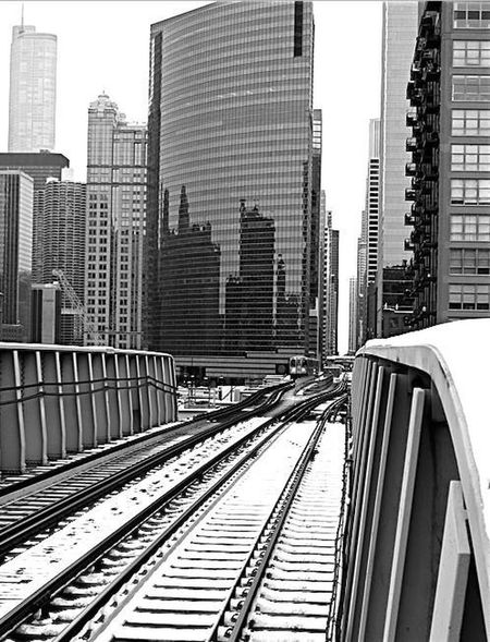 Cityscapes Building Chicago Train Tracks