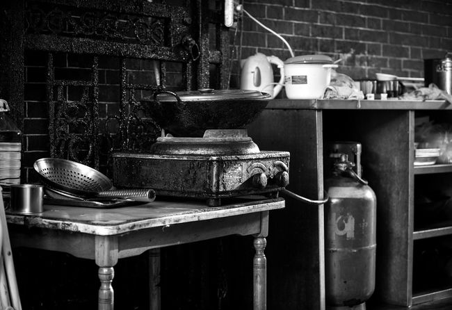 Domestic Kitchen Old-fashioned Kitchen Stove No People Close-up Wok Propane Tank Greasy Alleyway Street The Week On EyeEm EyeEmNewHere Shanghai, China Black And White Friday