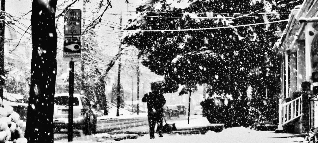 Winter Wonderland Unknown Man Blackandwhite Shoveling Hardworker Its Cold Outside