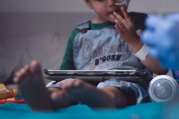 Hospital Cancer Scottish Highlands Leukemia ChildhoodCancerAwareness Holding Indoors  Technology Wireless Technology Child Childhood One Person Human Hand Cancer Scottish Highlands Leukemia ChildhoodCancerAwareness Holding Indoors  Technology Wireless Technology Child Childhood One Person Human Hand