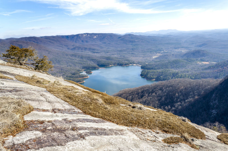 Beauty In Nature Destinations Hiking Lake View Landscape Moss Mountain Mountain Range Nature Outdoors Outlook Scenics Sky Sunny Day Table Rock Tranquil Scene Tranquility Travel Viewpoint