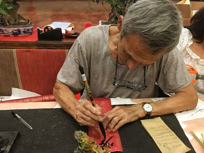 Chinese Tradition Chinese Ink Old Man Chinese Man Art Hanzi Chinese New Year Chinese Man Writing Chinese Art Old Chinese Man One Person Indoors  One Man Only Men Real People
