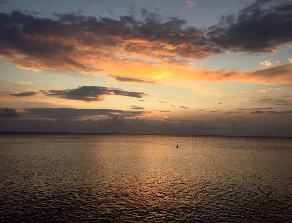 Good Morning Amazing Sunrise Sunrise_sunsets_aroundworld Sunrise_Collection Sun Reflection Sunrise And Clouds Sunrise - Dawn Sunrise On The Beach Scenics Tranquil Scene Enjoying The View Bella Italia Italy❤️