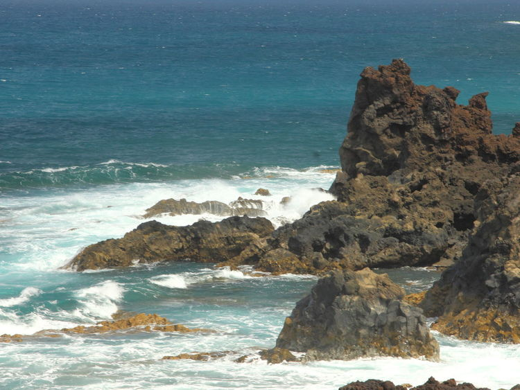 Küste - shore - costa Beach Beauty In Nature Canaryislands Costa Day Espana-Spain Horizon Over Water Kueste Lanzarote-Canarias Nature No People Outdoors Power In Nature Rock - Object Rock Formation Scenics Sea Shore Sky Water Wave