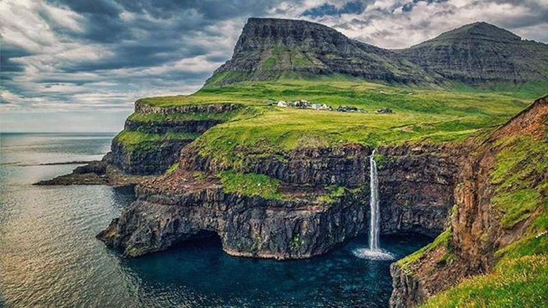 Gasadalur Vagar Faroeislands Instatravel Instanature