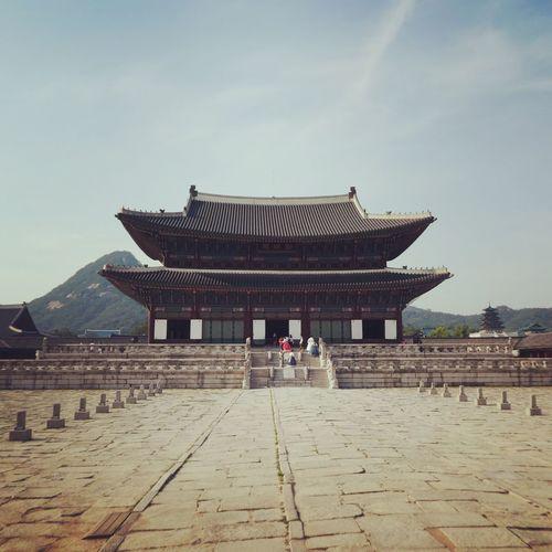 Royal palace Seoul Seoul Palace Architecture Built Structure Real People Travel Destinations Building Exterior Ancient Civilization History Ancient Travel Tourism Place Of Worship Religion