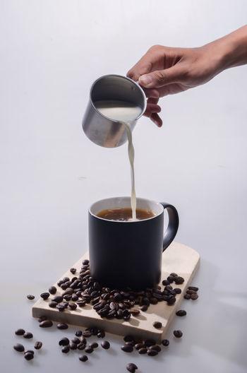 Pour coffee milk