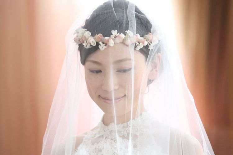 Adult Beautiful Woman Bride Celebration Emotion Event Front View Happiness Headshot Life Events Looking At Camera Newlywed One Person Portrait Smiling Veil Wedding Wedding Ceremony Wedding Dress Women Young Adult