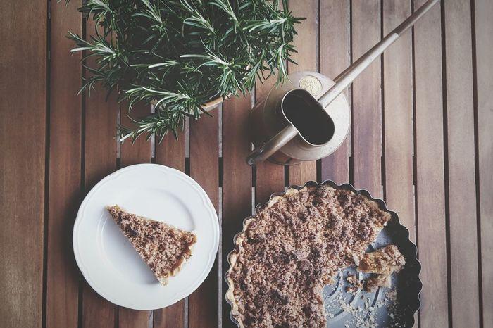 Apple Pie The Best Pie Ever Rustic Wood Rosemary Copper  Foodporn Foodphotography Healthy Eating Glutenfree Eggfree LactoseFree Healthylife Vegan Apple Clean Eating Enjoying Life MyFavoriteBreakfastMoment My Favorite Breakfast Moment